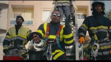 Photo de Youssou Ndour – Sapeurs Pompiers (Clip officiel)